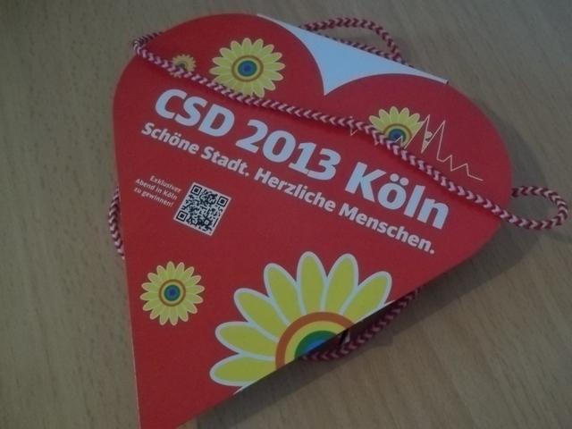 Pappherz vom CSD 2013 Köln