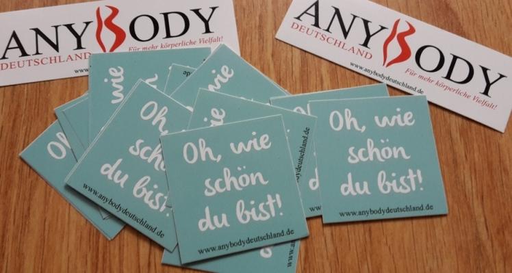 """Foto: Mehrere Aufkleber """"Oh, wie schön du bist!"""" von AnyBody Deutschland"""