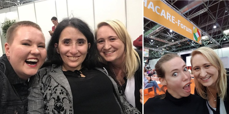 Fotocollage: Foto 1 zeigt Laura M. Schwengber, Sima Surkamp und Nadine lachen gemeinsam in die Kamera. Foto 2: Laura Gehlhaar und Nadine machen ein lustiges Selfie zusammen.